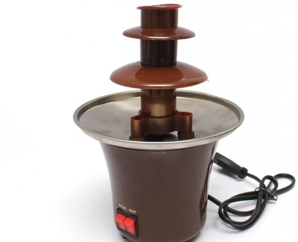 Mini fondue fountain
