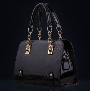 Sale On Ladies Handbags Jessica Mcclintock Anna By Anuschka Kooba