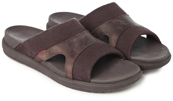 28e672f39425 FitFlop Brown Thong Sandal For Men