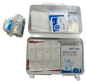 9440825a6d28 Auto First Aid Kit