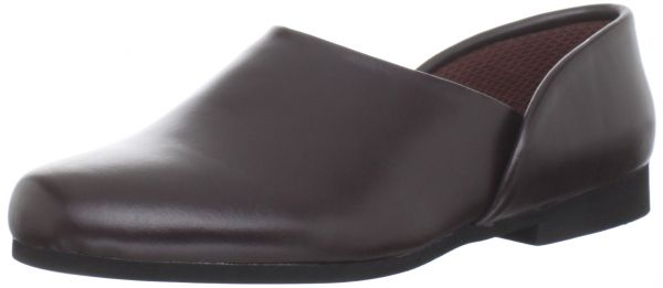 d1ec737f62c9 Sale on Slippers - Tamarac By Slippers International