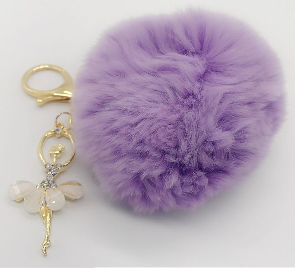 Key chain with fluffy fur and nice pendant  a62c58995