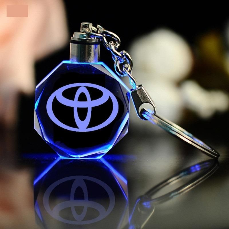 Keychain Keyring TOYOTA Car Logo with changing color light