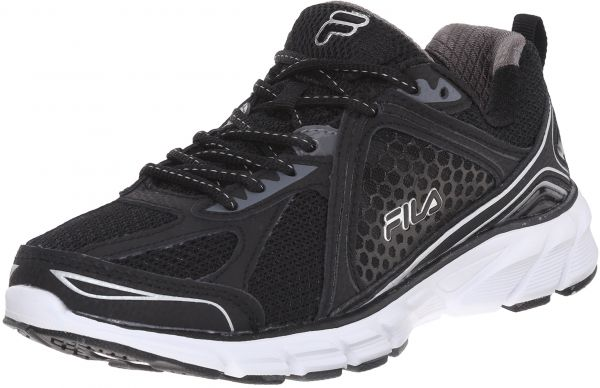 ef95a5a50d368 Fila Women's Threshold 3 Running Shoe, Black/Black/Metallic Silver ...