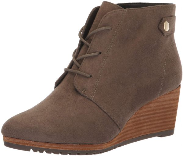 2699dbdd4bc3 Dr. Scholl s Shoes Women s Conquer Ankle Boot