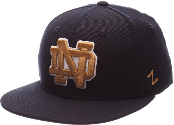 9aa1a45972515 Zephyr NCAA Notre Dame Fighting Irish Men s M15 Fitted Hat