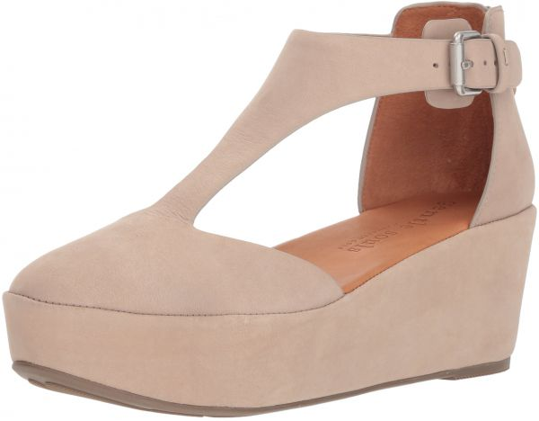 e94301ea1f9 Gentle Souls by Kenneth Cole Women s Nydia Platform Wedge with T-Strap Shoe